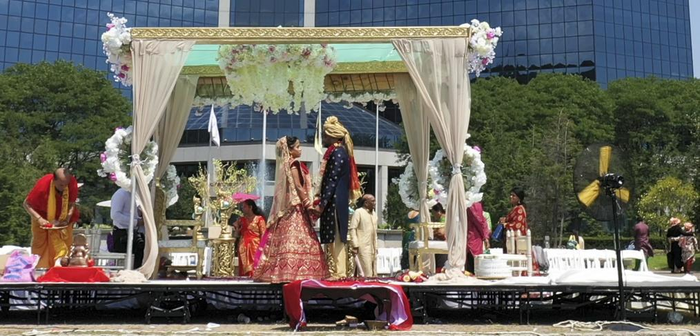 Sheetal & Bhargav Indian Wedding Video